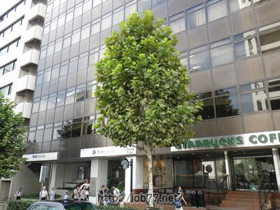 赤坂ロングビーチビルの1階にはスターバックス